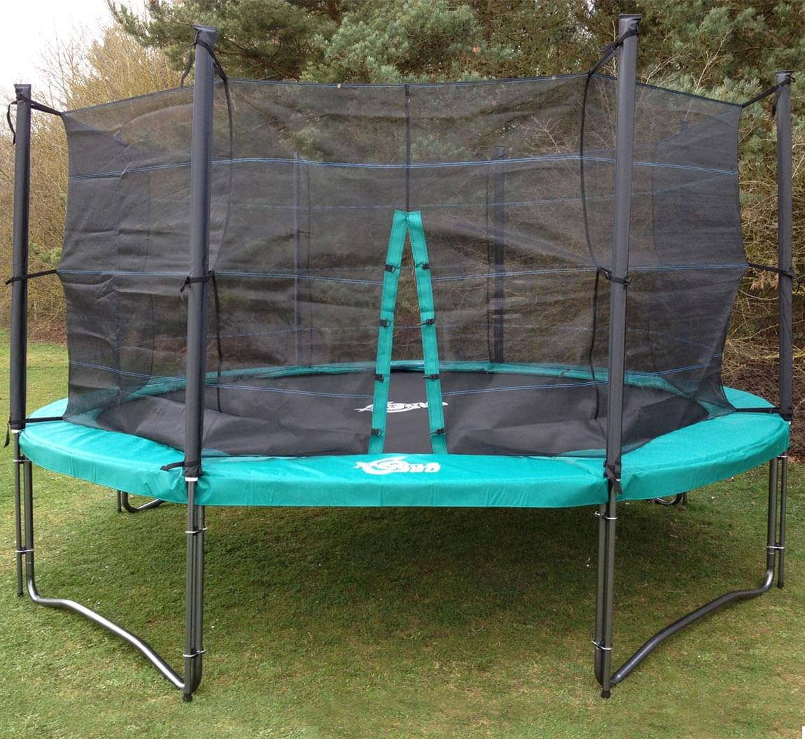 12 Foot Trampoline With Enclosures